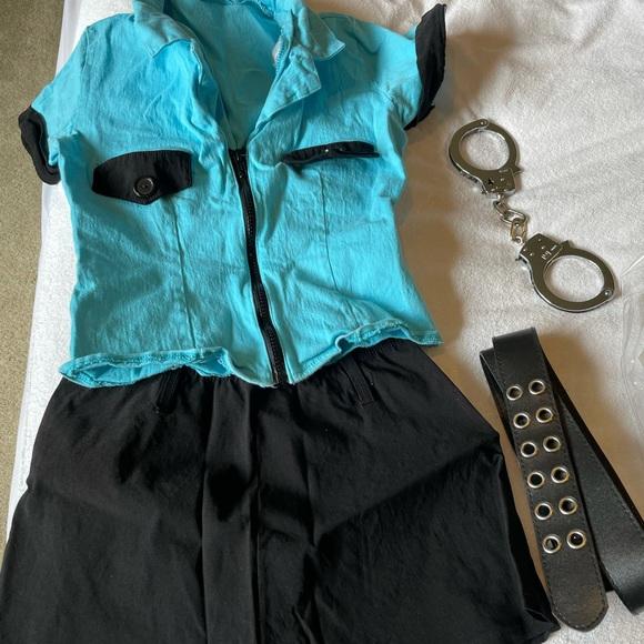 Leg Avenue Officer Frisk Me Costume size Small
